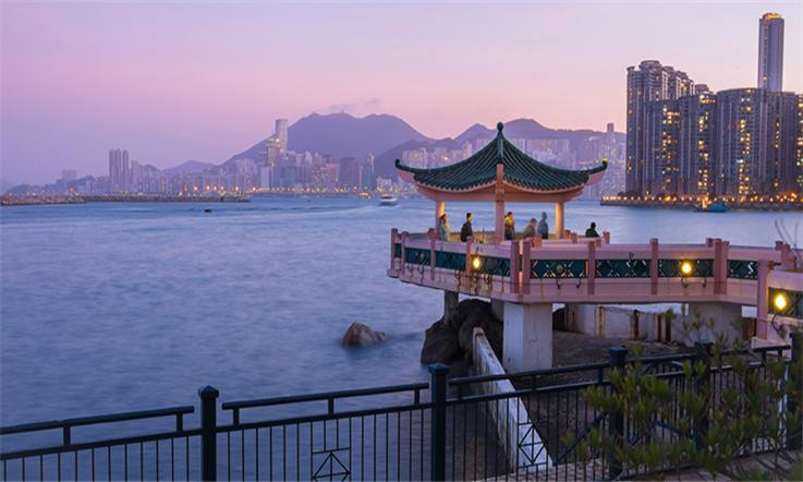 【香港匯款大陸】香港九龍:文化大熔爐—香港維多利亞港夜景| 熊貓速匯Pandaremit